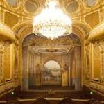 Coup de theatre a Fontainebleau : Napoleon rend les armes a Abu Dhabi