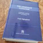 Le Vatican publie «Le génocide arménien» une bibliographie par Eddie Yeghiayan