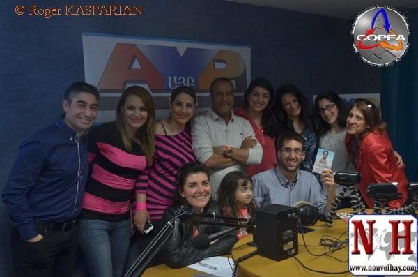 Jean-Jacques Saradjian et la team COPEA avec Pascal Légitimus chez AYP FM